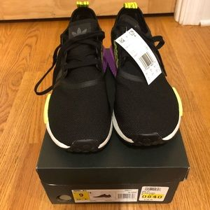 Black men's Adidas sneakers - NEW